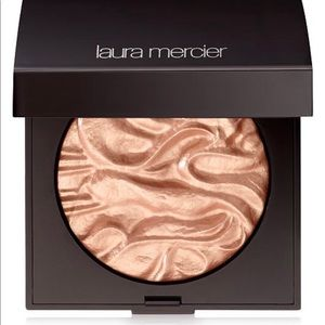 Laura Mercier Face Illuminator✨